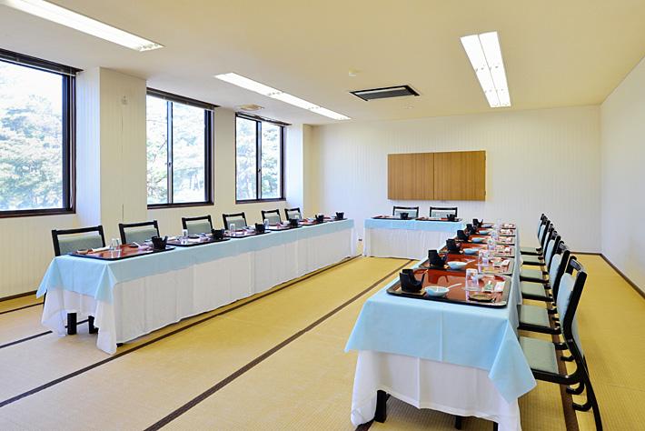 ホテルウェルネス能登路の会議室・研修室 和式