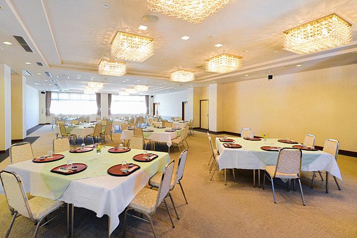 ホテルウェルネス能登路の宴会場 大ホール